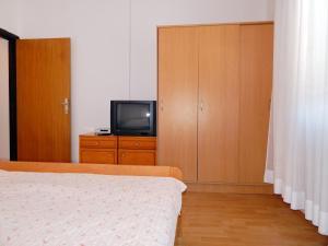 Apartments Fumić, Ferienwohnungen  Mandre - big - 44