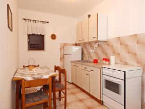 Apartments Fumić, Ferienwohnungen  Mandre - big - 49