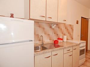 Apartments Fumić, Ferienwohnungen  Mandre - big - 51