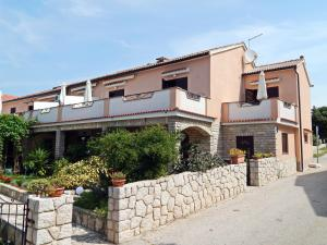 Apartments Fumić, Ferienwohnungen  Mandre - big - 1