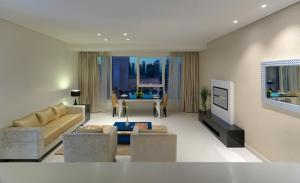 Two Bedroom Suite Downtown View