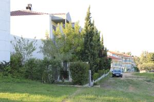 Housing Pefkos II, Appartamenti  Nea Fokea - big - 52