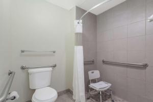 Ramada Limited - Clarksville, Hotel  Clarksville - big - 9