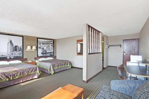 Deluxe Double Room with Two Double Beds - Non-Smoking