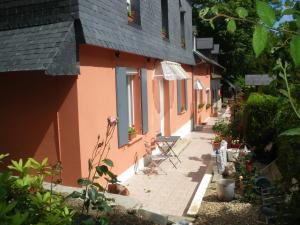 Les Coquillettes, Bed and breakfasts  Honfleur - big - 83