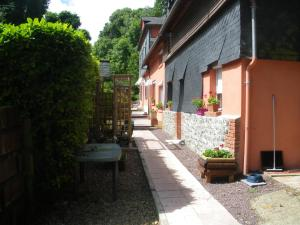 Les Coquillettes, Bed and breakfasts  Honfleur - big - 40