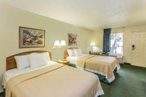 Days Inn Lake Park/Valdosta, Отели  Lake Park - big - 13