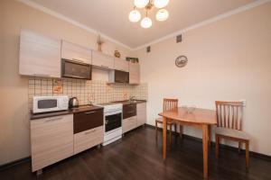 Apartment KvartiroV Vzlyotka, Ferienwohnungen  Krasnoyarsk - big - 20