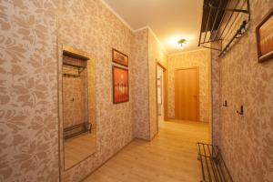 Apartment KvartiroV Vzlyotka, Ferienwohnungen  Krasnoyarsk - big - 17