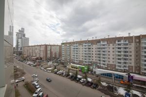 Apartment KvartiroV Vzlyotka, Ferienwohnungen  Krasnoyarsk - big - 16