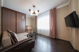 Apartment KvartiroV Vzlyotka, Ferienwohnungen  Krasnoyarsk - big - 15