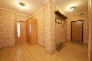 Apartment KvartiroV Vzlyotka, Ferienwohnungen  Krasnoyarsk - big - 11
