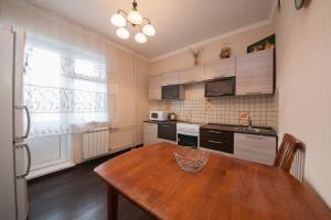 Apartment KvartiroV Vzlyotka, Ferienwohnungen  Krasnoyarsk - big - 10