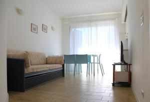 Residence Selenis, Apartments  Caorle - big - 56
