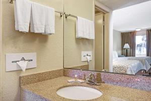 Days Inn by Wyndham St. Augustine West, Motels  St. Augustine - big - 11