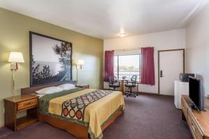 Super 8 by Wyndham Wells, Hotels  Wells - big - 14