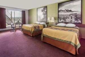 Super 8 by Wyndham Wells, Hotels  Wells - big - 2