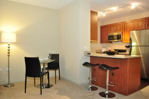 Modern Loop Apartments, Aparthotels  Chicago - big - 26