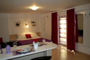 Guesthouse Villa Juric, Guest houses  Crikvenica - big - 17
