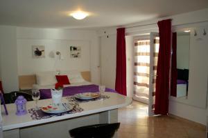 Guesthouse Villa Juric, Guest houses  Crikvenica - big - 14