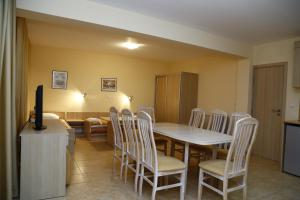 Velena Apartments, Apartments  Kranevo - big - 38
