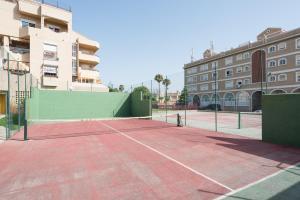 Apartamento Guadalmar Playa, Апартаменты  Малага - big - 28