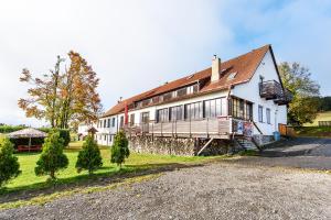 Hotel Krasna Vyhlidka, Hotely  Stachy - big - 18