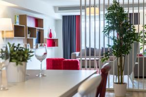 Park Inn by Radisson Bucharest Hotel & Residence, Aparthotels  Bukarest - big - 7