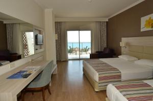Side Prenses Resort Hotel & Spa, Hotels  Side - big - 3