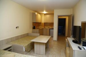 Velena Apartments, Apartments  Kranevo - big - 52
