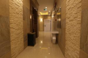 Dorrah Suites, Aparthotels  Riad - big - 55