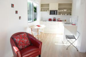 Oneroa Secret Garden Apartments, Apartmanok  Oneroa - big - 50