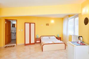 Guest House Nadin, Vendégházak  Pomorie - big - 26