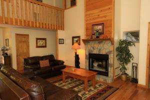 Mountain Cove, Holiday homes  Gatlinburg - big - 54