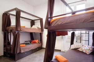 Bed in Dormitory Room for 6 people