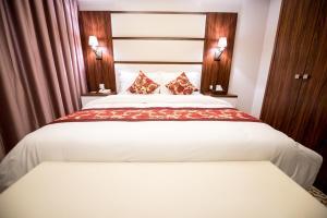Grand Park Hotel, Szállodák  Dzsidda - big - 20