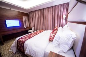 Grand Park Hotel, Szállodák  Dzsidda - big - 21