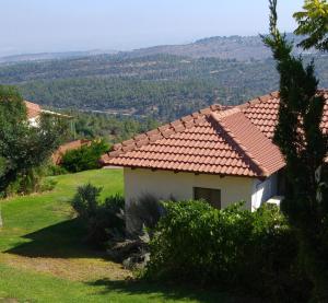Shoresh Green Hills