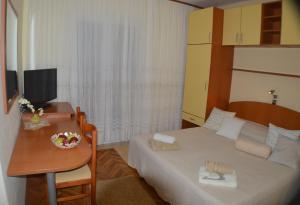 Rooms & Apartments Villa Anka, Апартаменты  Тучепи - big - 37