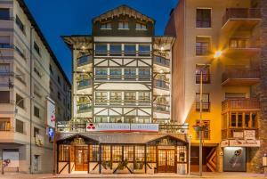 Montecarlo, Hotely  Encamp - big - 21