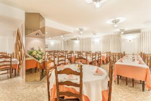 Montecarlo, Hotely  Encamp - big - 19