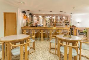 Montecarlo, Hotely  Encamp - big - 18