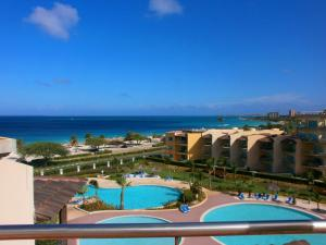 Tropical Penthouse One-bedroom condo - BG532, Apartmány  Palm-Eagle Beach - big - 5