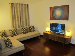 Indigo Madeira - Villa Olga, Apartments  Funchal - big - 1