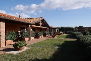 Podere San Giuseppe, Apartmanhotelek  San Vincenzo - big - 48