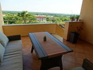 Istria Holiday Home Villa Adriatic, Villák  Kaštelir - big - 51