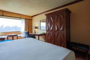 Hôtels Gouverneur Montréal, Hotel  Montréal - big - 10