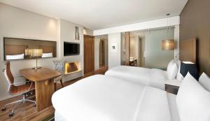 Pokój typu Executive z 2 łóżkami pojedynczymi i dostępem do salonu Executive Lounge