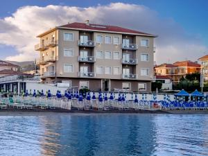 Hotel La Baia - AbcAlberghi.com