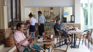 Avalon Hotel, Hostince  Vientiane - big - 42